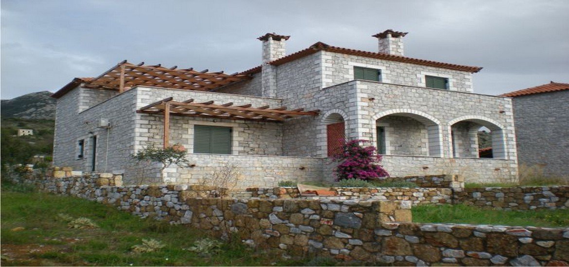 Stone House for Sale in Neochori, Mani – Stoupa